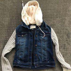 Cropped sweater sleeve jean jacket